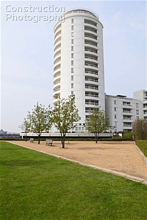 thames barrier apartments a088 03994 barrier point apartments looking over thames