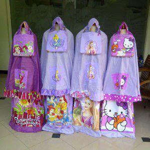 Tas Slempang Anak Kecil Motif Karakter Princess mukena anak karakter mukena anak karakter kartun
