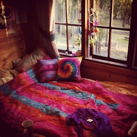trippy bedroom ideas psychedelic bedrooms bed sets pinterest