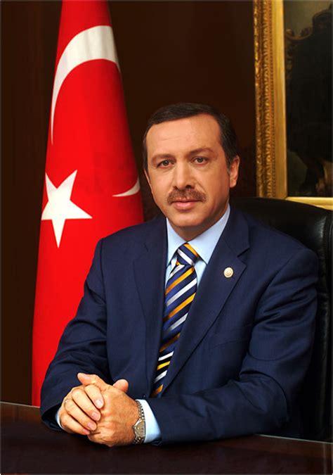 biography of erdogan recep tayyip erdoğan prime minister of turkey biography