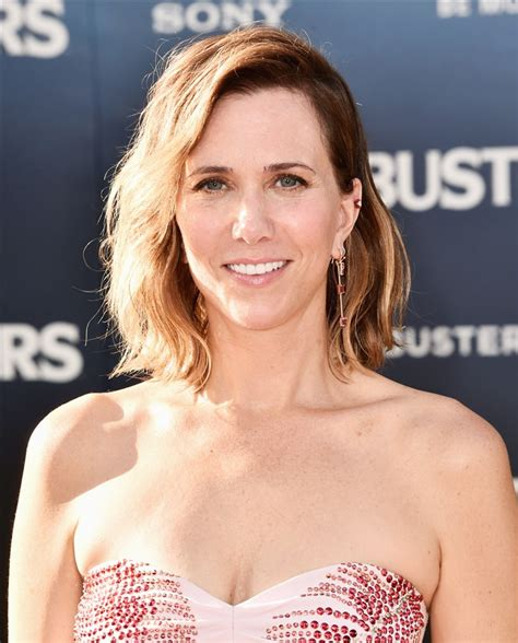 touchdowns haircuts coupons kristen wiig s hair is cut into a blond pixie in snl promo