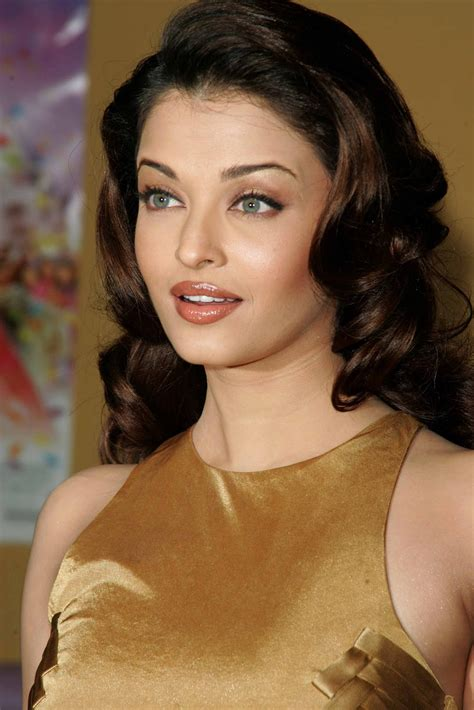 bollywood hot actres aishwarya rai indian actress hd wallpapers images pics gallery