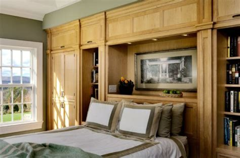 Built In Furniture Advantages And Things To Consider Built In Bedroom Furniture