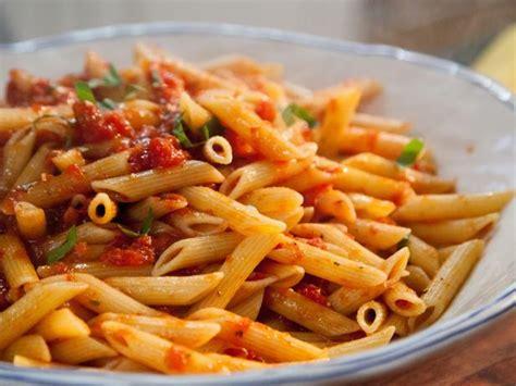 best arrabiata recipe spicy arrabiata penne recipe valerie bertinelli food