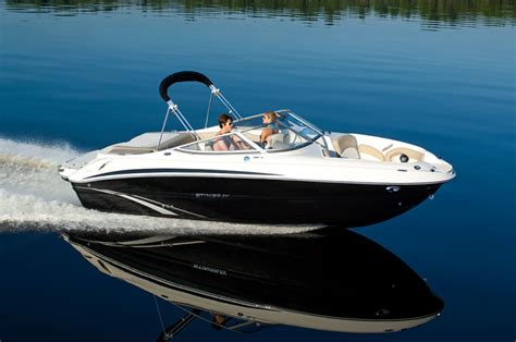 stingray boats specifications research 2014 stingray boats 215lr on iboats