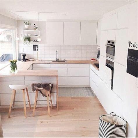 cuisine avec sol parquet comment agrandir sa maison quelques astuces en photos et