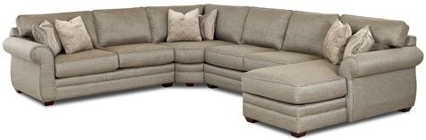 Chaise Sectional Sofas Clanton Transitional Sectional Sofa With Right Chaise By Klaussner Wolf Furniture