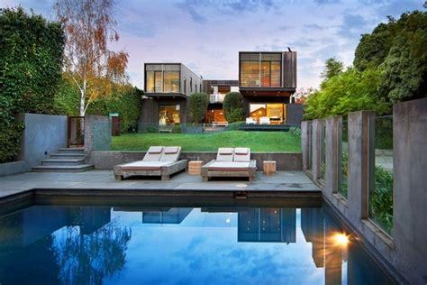 architecture awesome backyard design with modern kidney traumgarten wie sieht ein traumgarten mit wasser aus
