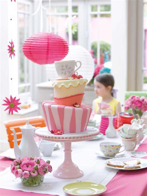 Wedding Cake Decorating Step By Step free cake decorating ideas ebook sewandso