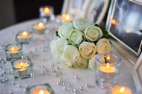 centrotavola per matrimonio con candele candele profumate centrotavola matrimonio natale
