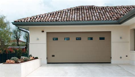 portoni garage sezionali porte sezionali