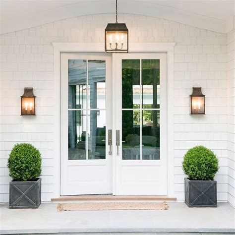 white exterior door 20 best ideas about white front doors on