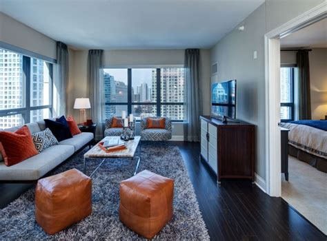 appartment in chicago living big in a little space 8 decorating tips that will