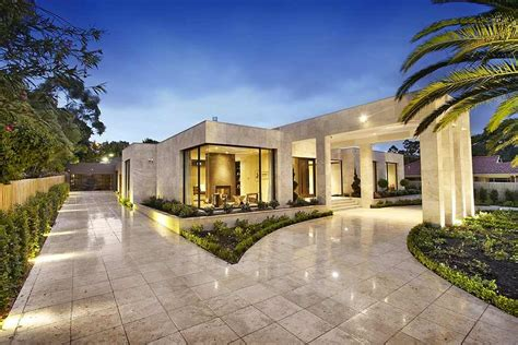 one story mansions imposing luxurious modern mansion in melbourne wearing