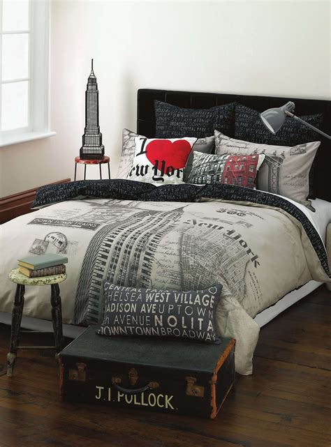 simons home decor new york duvet cover set maison simons home decor