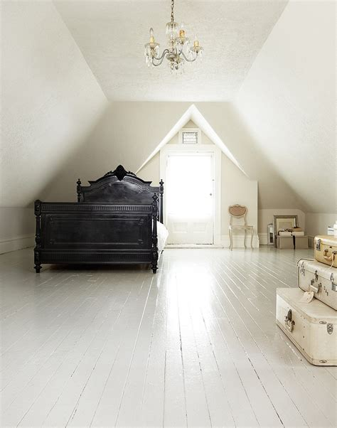 painted bedroom floors 25 best ideas about painted wood headboard on pinterest