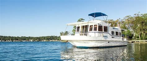 lake macquarie house boats hire a boat for holidays lake macquarie houseboats