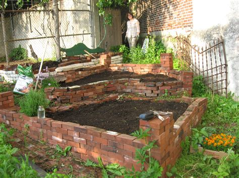 Creative Vegetable Gardens Backyard Vegetable Garden