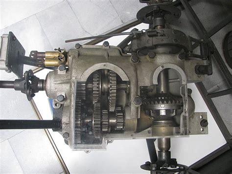 Gear Set Suzuki Axelo Original file csonka transaxle 1908 jpg wikimedia commons