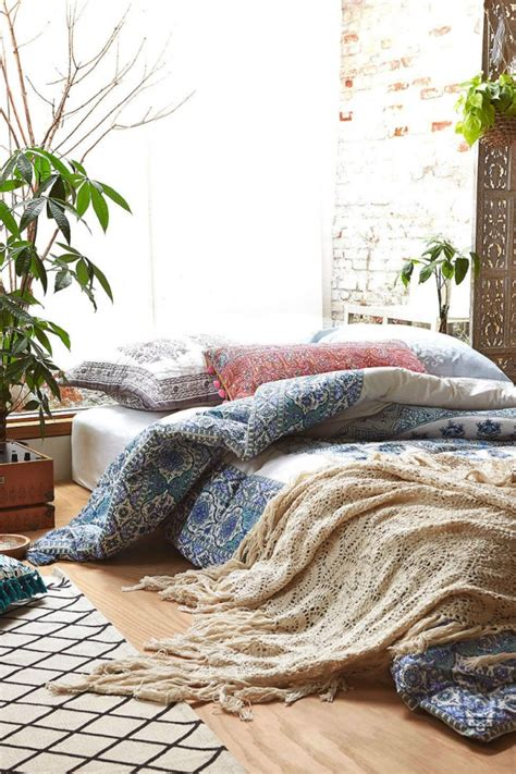 floor bedding bed on floor low bed ideas on pinterest low beds