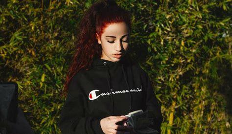 cash me outside girl danielle bregoli instagram live with cash me outside girl danielle bregoli has plans for the