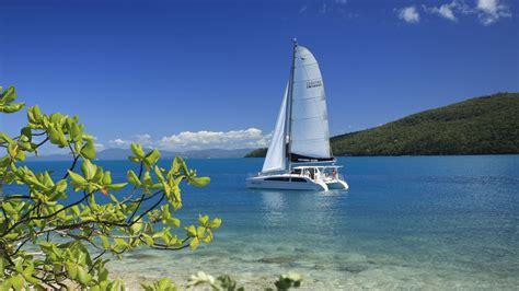 bareboat catamaran hire whitsundays whitsunday escape bareboat sailing holidays yacht