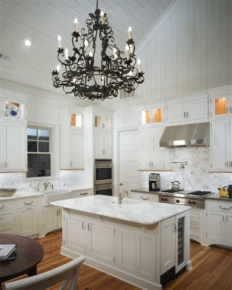 Kitchen Cabinets Vaulted Ceiling Vaulted Ceiling Kitchen Transitional Kitchen Pulliam Morris Interiors