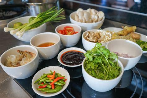 easy thai tom yum soup recipe