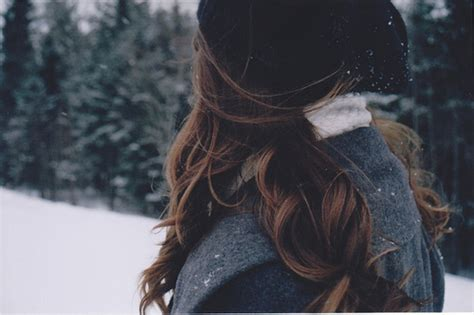 girl with brown hair in snow brown hair cute hair neve image 624096 on favim com