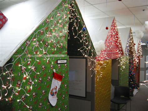 wrapping paper house cubes holiday decorating ideas for
