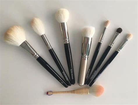 eyeliner tutorial brush 131 best makeup brushes images on pinterest eyeshadow
