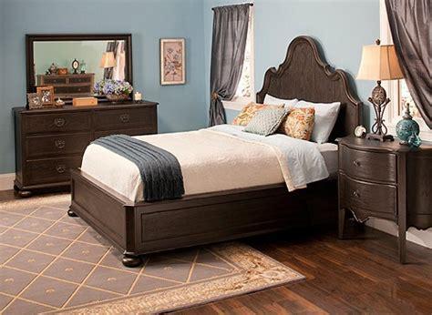 bedroom altair 4 pc queen platform bedroom set bedroom belgian oak 4 pc queen platform look bedroom set
