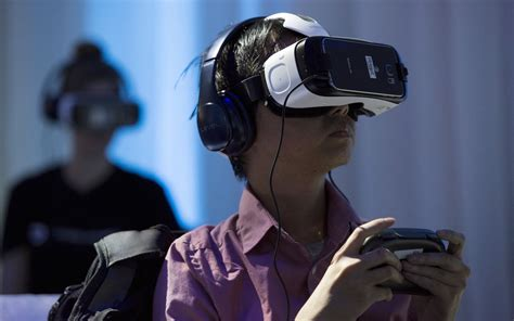 Gear Vr Oculus using samsung gear vr on an airplane business insider