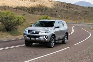 Fortuner Specs by Toyota Fortuner Pricing And Specifications Photos 1 Of 100