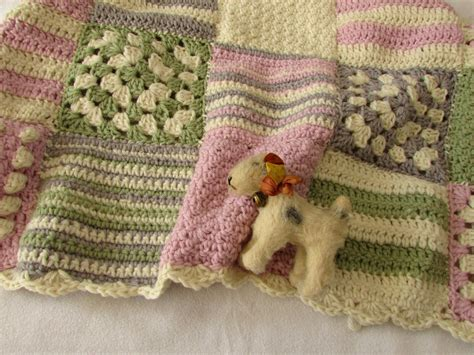 Crochet Square Blankets by Tutorial Gorgeous Square Baby Blanket For
