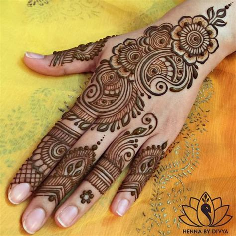 mehndi design in instagram see this instagram photo by hennabydivya 2 642 likes