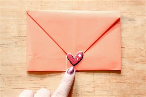 Make An Envelope From 8x11 Paper - how to make a note into an envelope