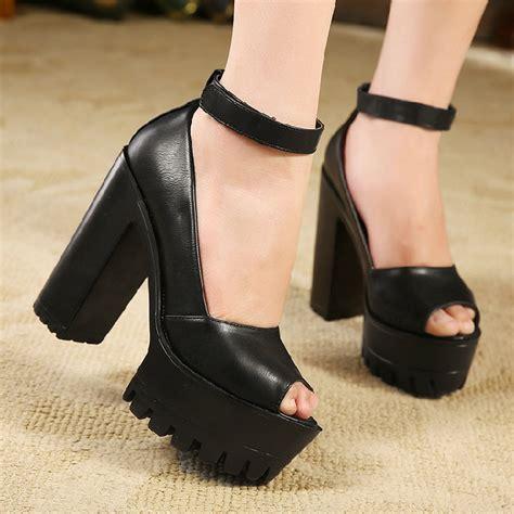De Velvet Freya Sepatu High Heels platform shoes for 2015 images