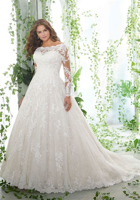 Patience Plus Size Wedding Dress   Style 3258   Morilee