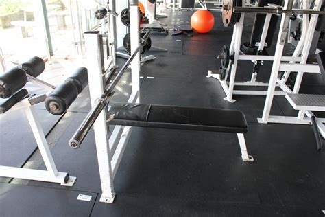 apex workout bench apex bench press station c w bar able auctions