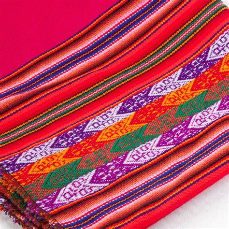 decke peru decke pink aus aguayo stoff mit tradionellem muster peru