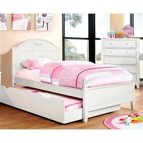 Upholstery Supplies Of America by Furniture Of America Dugan Platfrom Bed In White