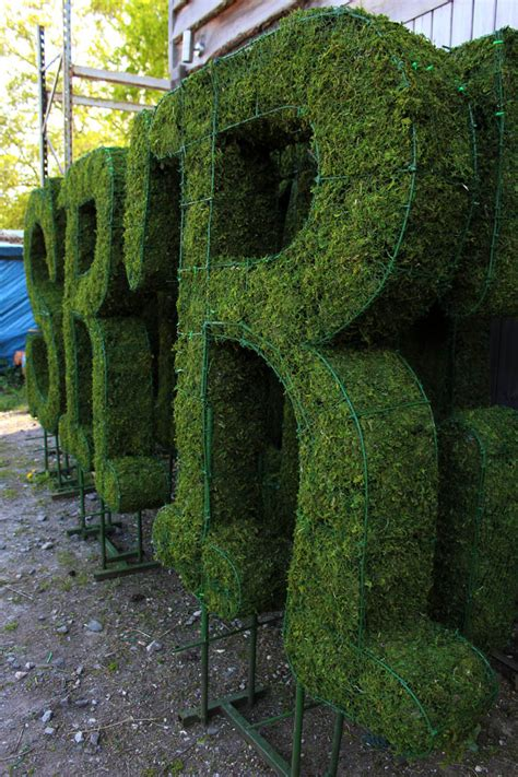 topiary letters letters archives bespoke topiary plant sculptures
