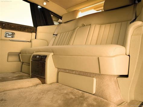 rolls royce phantom with extended wheelbase 2005 picture