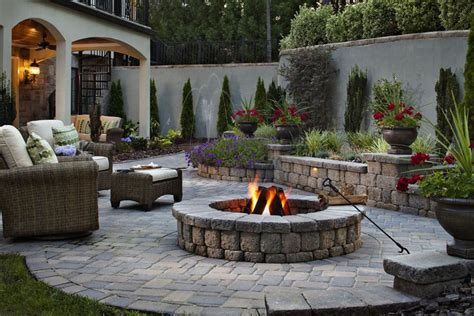 best backyard fire pit the 10 best fire pits for summer photos architectural digest
