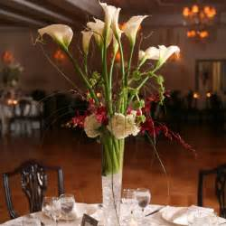 Calla lily wedding centerpiece with crystalswedwebtalks