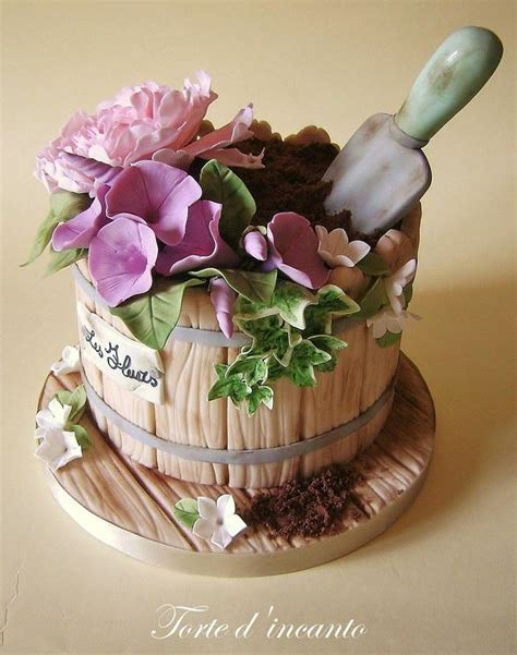 Flower Garden Cake Cakes Pinterest Gardening Cakes Adorable Cake Design Trend