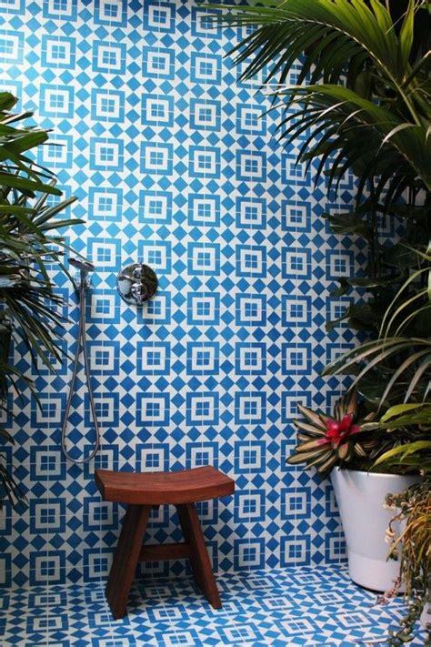 spanish tiles bathroom designs best 25 blue tiles ideas on pinterest fireclay tile green bathroom tiles and