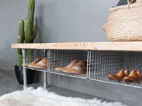 Rak Sepatu Biasa desain rak sepatu unik kreasi tempat penyimpanan sepatu