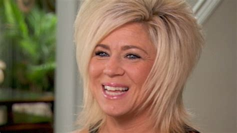 is theresa caputos mom deceased is theresa caputo a real or fake psychic medium can talk
